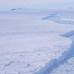 Három napig fúrták a jeget a kutatók, hogy hozzáférjenek egy rejtett tóhoz a Déli-sarkon
