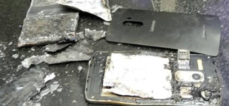 Most épp egy Lenovo-telefon robbant fel