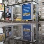 Leshet majd a Fidesz a választás előtti utolsó héten: átragasztják a gyűlöletkeltő plakátjait