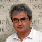 """Carlo Rovelli: A """"gondolkodj a saját fejeddel"""" mondás egyeseknél a hülyeség ősrobbanását eredményezi"""