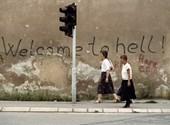 Racismo, bombardeos, asedio, genocidio: sea testigo de los últimos días de Yugoslavia