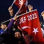 Tíz és fél év börtönre ítélték Gülen testvérét