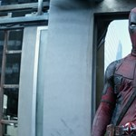 Ryan Reynolds cafatokra robbantja a testét, de a szíve sértetlen marad