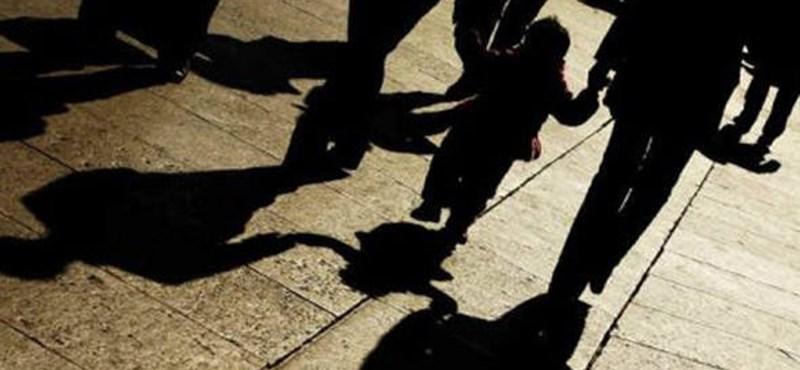 Évi 110-170 magyar gyerek kerül külföldre