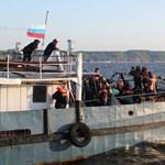 Volgai hajóbaleset: élve került elő hat eltűnt