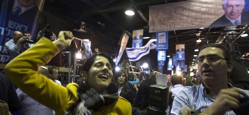 Izrael - tiltakoznak a közmédia átszervezése ellen