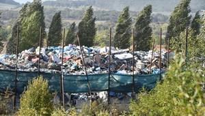 Mészáros- és Pancho Aréna-közeli szeméthegy borzolhatja a kedélyeket Felcsúton és Bicskén
