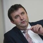 Palkovics: A magyar hallgatók szinte kivétel nélkül állami ösztöndíjas képzésre járnak