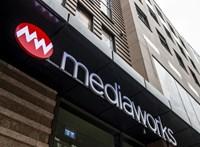Homokszem került a propagandagépezetbe: az egyik Mészáros-lap megírta a tüntetők követeléseit