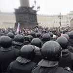 Lázong az orosz ellenzék, közben sorra halnak a Kreml ellenfelei
