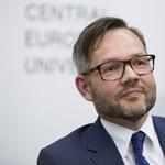 Budapestre jön az Orbánon gúnyolódó német miniszter