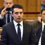 Elmeorvosi vizsgálatra küldené a kormánytagokat a Jobbik