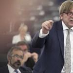 EP-választások: a liberálisok csúcsjelöltje Verhofstadt, a néppártban Juncker a befutó