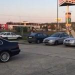 Péntek délutánra: teve futkosott a soproni Tescónál - videó