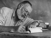 """""""Az ember nem arra született, hogy legyőzzék"""" - 120 éve született Hemingway"""