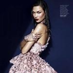 Akarjuk: Alexander McQueen ruha
