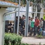 Még feszült a hangulat Kiskunhalason a menekültek lázongása után – fotók