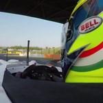 A nap videója: a magyar F1-pilóta hatalmas örömöt okozott vak utasának