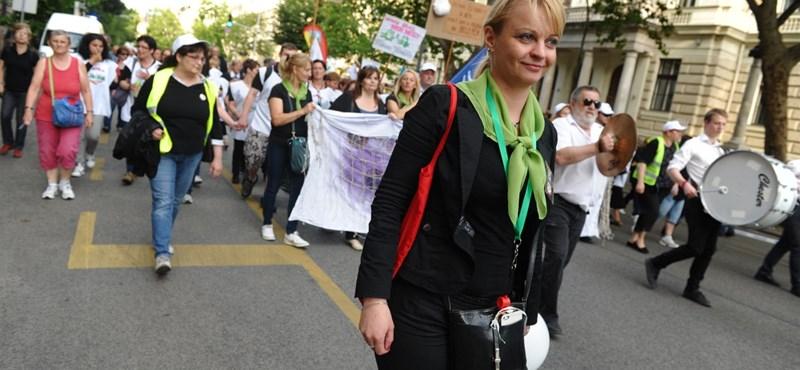 Újbuda fejenként 150 ezer forinttal hálálja meg a szociális dolgozók munkáját