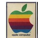 3,5 millió forintért kerül kalapács alá az Apple szivárványos táblája