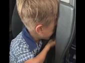 Hugh Jackman is védelmébe vette a kisfiút, akit zaklatnak az iskolában