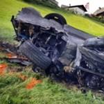 Méregdrága luxuskocsival szenvedett horrorbalesetet a híres autósműsor házigazdája