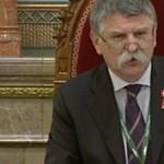Visszaengedték a 444-et a Parlamentbe, legalábbis részben