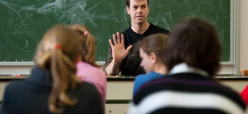 Ösztöndíj tanárszakosoknak - itt vannak a részletek