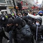 Megfigyelte volna a cambridge-i hallgatókat a brit rendőrség