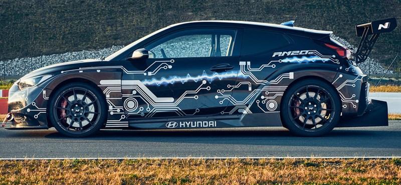 810 lóerős villanyautóval rukkolt elő a Hyundai