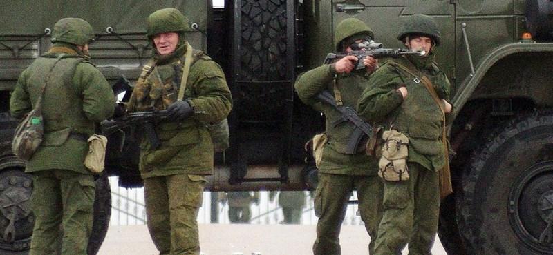 Oroszország elismerte a krími orosz csapatmozgásokat