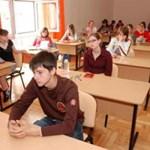 Középiskolai felvételi: itt vannak a 2010-es feladatlapok és megoldások