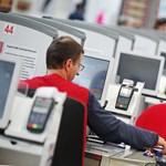 Önkiszolgáló kasszákat telepít az Auchan
