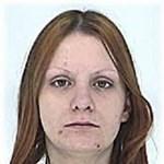 """Fotó: Eltűnt egy 24 éves nő, """"Péter"""" tetoválás van rajta"""