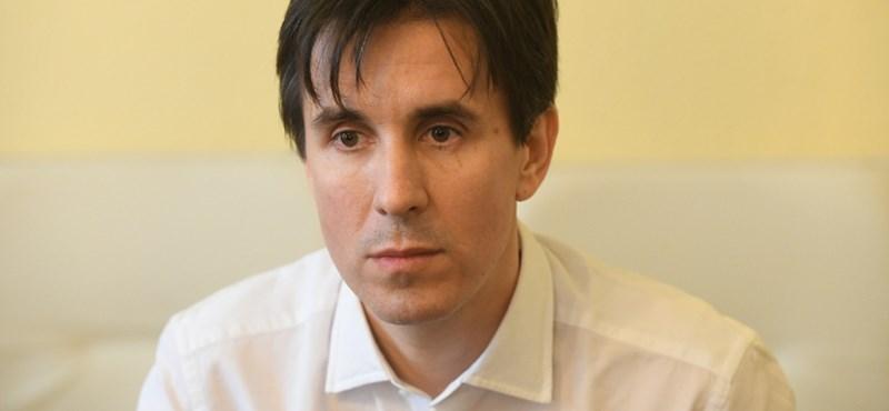 Százak tüntethetnek Czeglédy Csaba miatt
