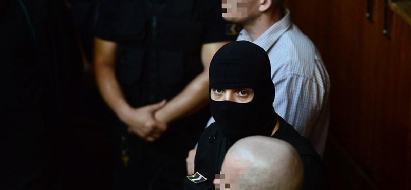 """""""Habzó szájjal cigányoznak"""" – Orbán és Áder szavára vár az MSZP"""