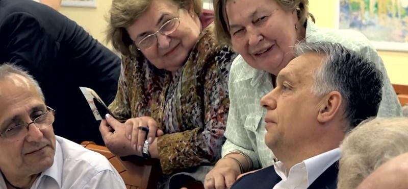 Nyugdíjasklubban jelentette be Orbán, hogy hamarosan elfogadják a Stop Sorost