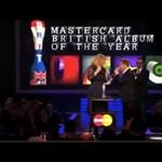 Adele bemutatott a Brit Díjkiosztón