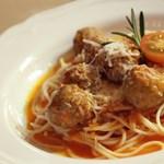 Kigyulladt egy firenzei ház, mert három amerikai cserediák víz nélkül főzött spagettit