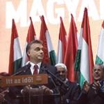 Kit neveztek először a rendszerváltás után oligarchának Magyarországon?