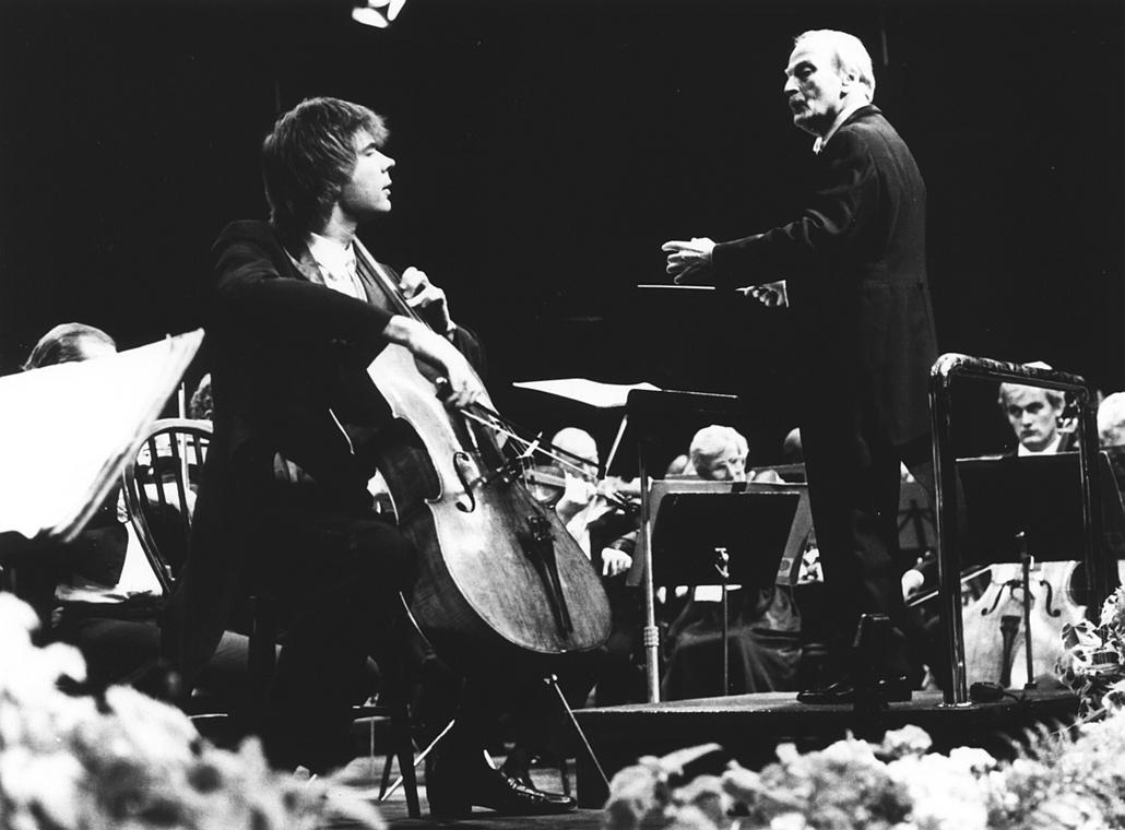 zene világnapja nagyítás - Julian Lloyd Webber és Yehudi Menuhin egy közös koncertje
