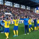 Nem lesz büntethető Szlovákiában a magyar himnusz eléneklése