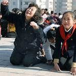 Meghalt, aki az észak-koreai diktátor mellé állt a mozgólépcsőn