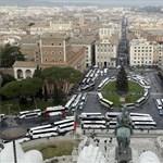 Örülne, ha Rómához hasonlóan Budapest belvárosából is kitiltanák a turistabuszokat?