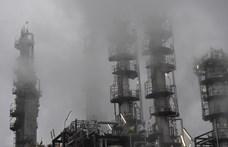 Fél évszázada fúrja a klímaharcot a Total olajcég