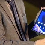 Itt az új összecsukható kínai mobil, a Royole FlexPai 2