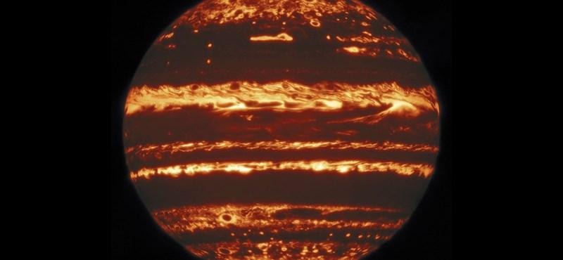 Megnézték, mi rejtőzik a Jupiter viharfelhői alatt, az eredmény bámulatos