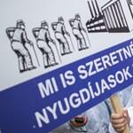 Az önkormányzati köztisztviselők béremelését követeli a szakszervezet