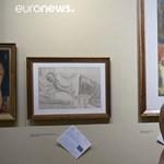 Csak meztelenül lehet megnézni egy új kiállítást Kolumbiában – videó