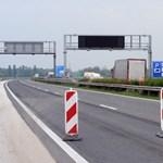 Halálos baleset történt Bábolnánál, teljes útzár volt az M1-esen